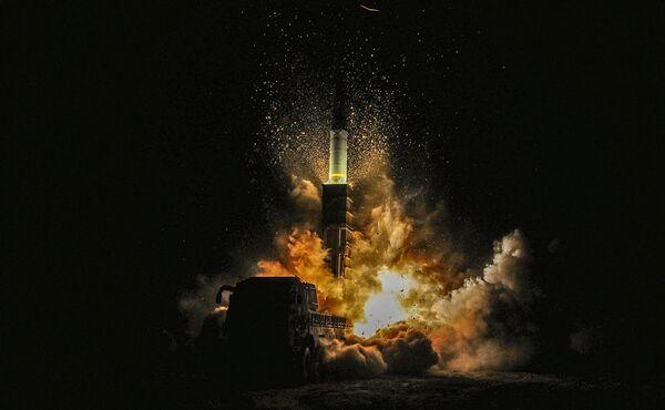 Il lancio del missile sudcoreano Hyunmoo II - Sputnik Italia