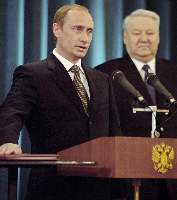 Le 3 presidenze di Vladimir Putin - Sputnik Italia