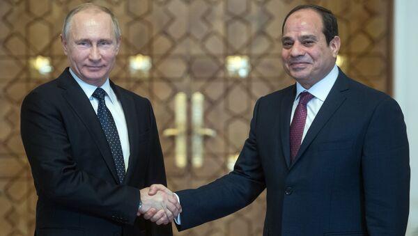 L'incontro del presidente russo Vladimir Putin con il suo omologo egiziano Abd al-Fattah al-Sisi - Sputnik Italia