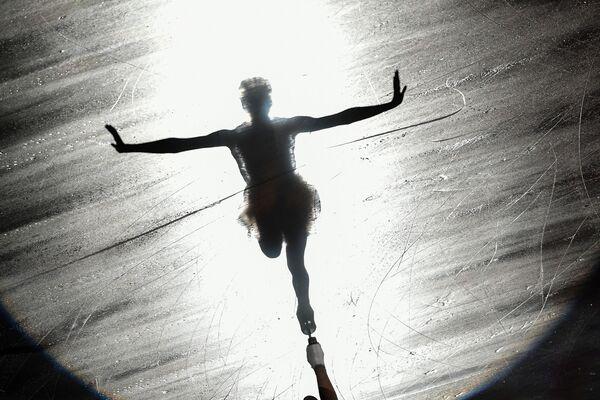 Maria Sotskova (Russia) dopo i finali del Grand-Prix di pattinaggio artistico in Giappone. - Sputnik Italia