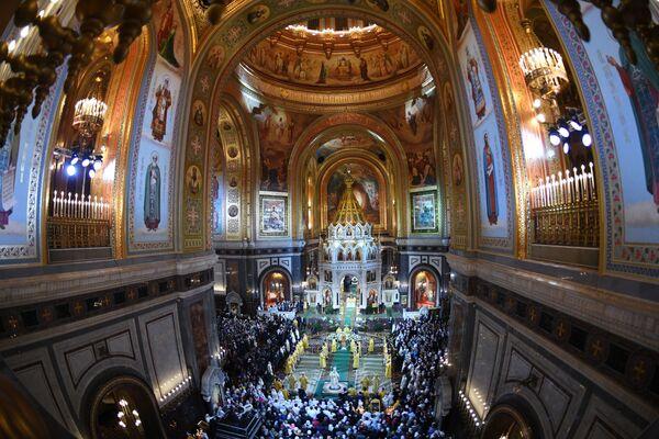 Il patriarca di Mosca e tutte le Russie Kirill conduce la Messa di Natale nella Cattedrale di Cristo Salvatore a Mosca. - Sputnik Italia