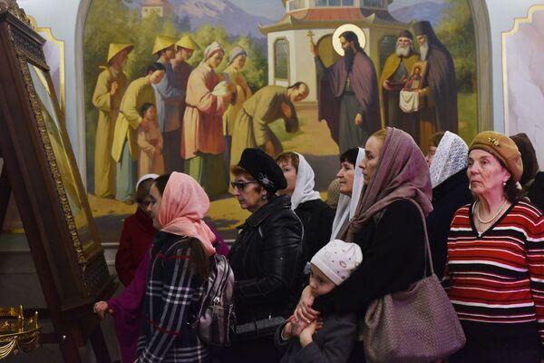 La veglia di Natale nella Cattedrale di Aleksandr Nevskij a Sinferopoli. - Sputnik Italia