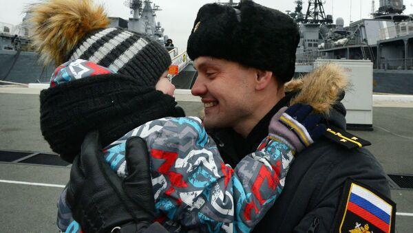 Navi della Flotta del Pacifico approdano a Vladivostok. - Sputnik Italia