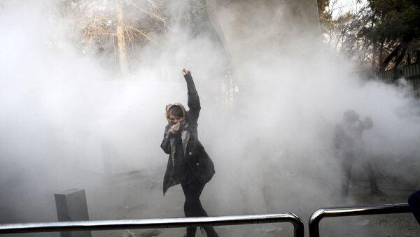 Teheran, le proteste contro il governo dell'Iran - Sputnik Italia