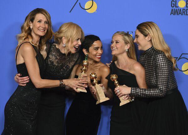 Laura Dern, Nicole Kidman, Zoe Kravitz, Reese Witherspoon and Shailene Woodley alla cerimonia di Golden Globe. - Sputnik Italia
