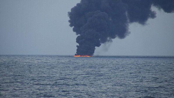 Пожар на иранском нефтяном танкере SANCHI - Sputnik Italia