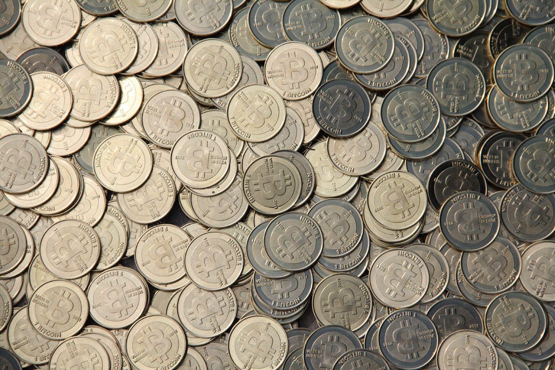 Bitcoin da record, ma la Nigeria li vieta: Finanziano il terrorismo - Sputnik Italia, 1920, 09.02.2021