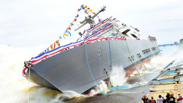 La USS Little Rock durante il varo - Sputnik Italia