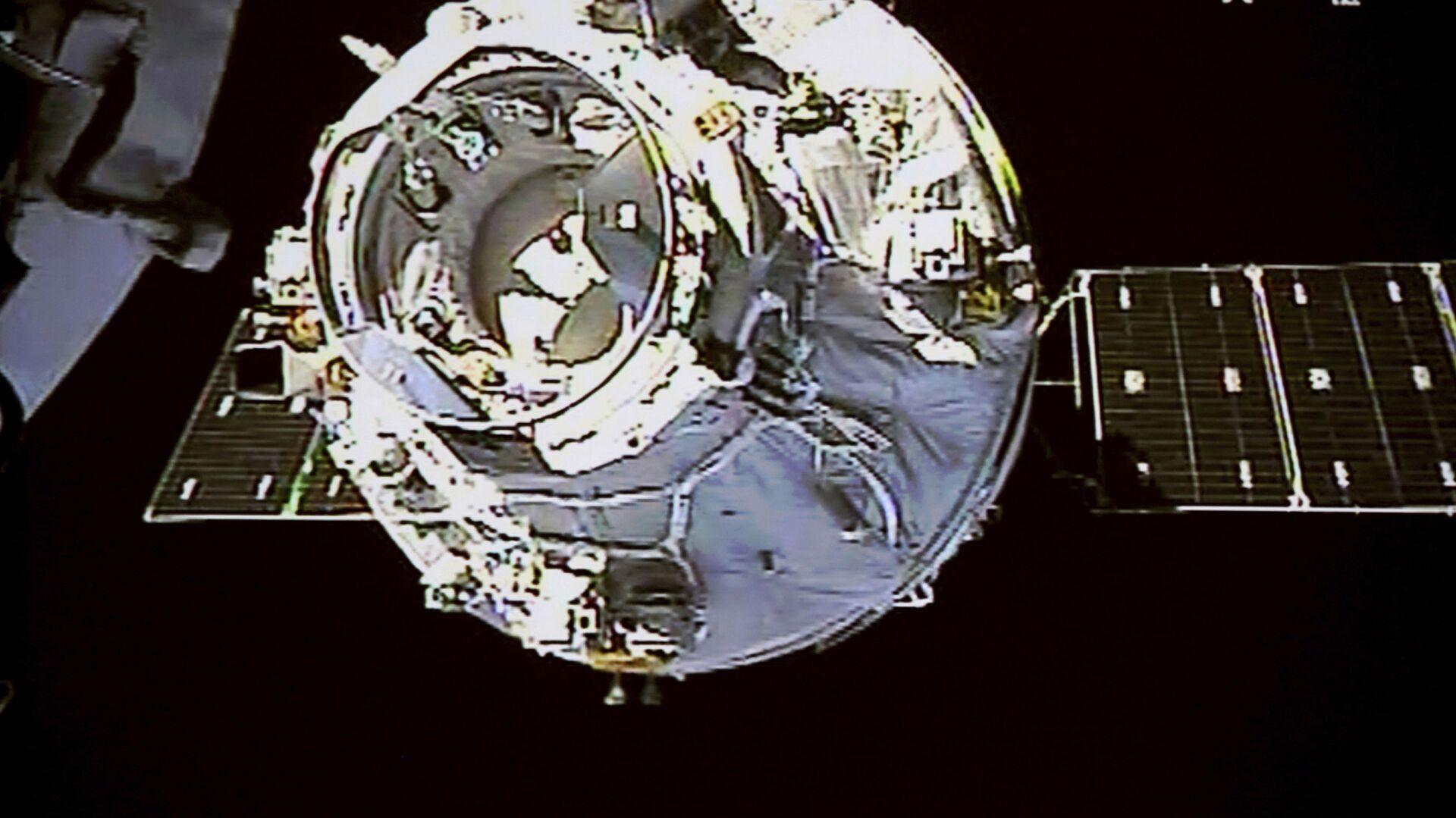 La stazione spaziale cinese Tiangong-1 - Sputnik Italia, 1920, 17.09.2021