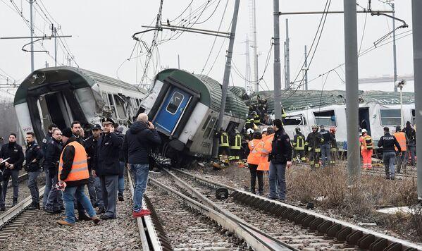 Treno di pendolari deragliato a Pioltello. - Sputnik Italia