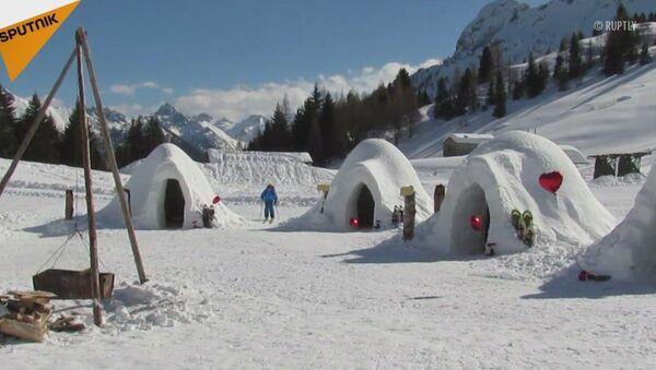 Igloo sulle Alpi italiane - Sputnik Italia