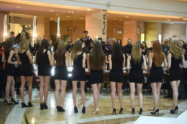 Via al casting di Miss Russia 2018, chi sarà la più bella? - Sputnik Italia