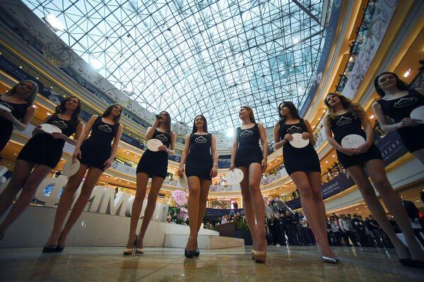 Le partecipanti al casting del contesto nazionale Miss Russia a Mosca - Sputnik Italia