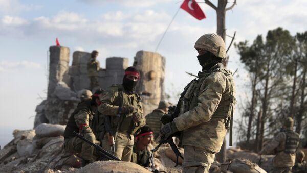 Le forze turche ad Afrin - Sputnik Italia