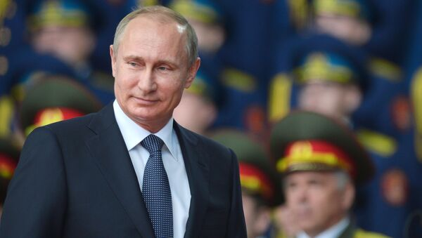 Президент России Владимир Путин на церемонии открытия международного форума Армия-2015 - Sputnik Italia