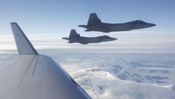 Caccia americani di quinta generazione F-22 - Sputnik Italia