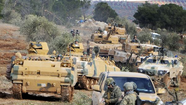 Turkish troops take control of Bursayah hill, which separates the Kurdish-held enclave of Afrin from the Turkey-controlled town of Azaz, Syria, Sunday, Jan. 28, 2018 - Sputnik Italia