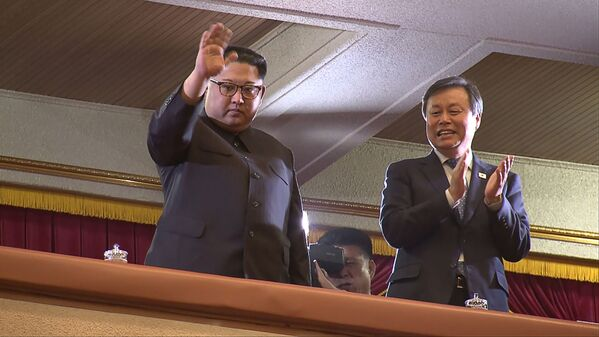 Kim al concerto delle star sudcoreane - Sputnik Italia