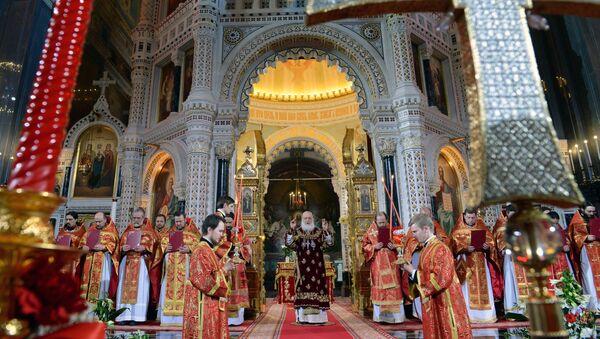 La messa per la Pasqua ortodossa nel cattedrale del Cristo Salvatore a Mosca - Sputnik Italia