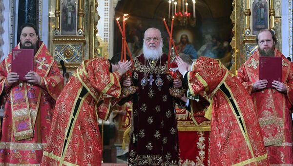 La messa liturgica per la Pasqua ortodossa a Mosca. - Sputnik Italia