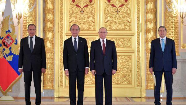 L'ambasciatore Pasquale Terracciano presenta lettere credenziali a Vladimir Putin - Sputnik Italia