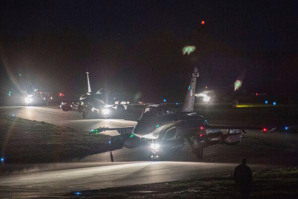 I Rafale fighter jets francesi. La Francia non ha avvertito il presidente russo Vladimir Putin dell'attacco contro la Siria. - Sputnik Italia