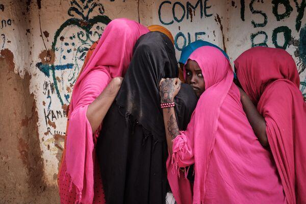 Le donne somale al centro per i rifugiari Dadaab in Kenia. - Sputnik Italia