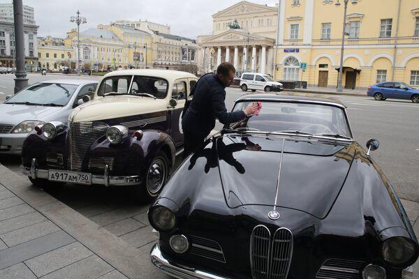 Rally retrò per le strade di Mosca - Sputnik Italia