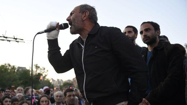 Il leader dell'opposizione armena Nikol Pashinyan - Sputnik Italia