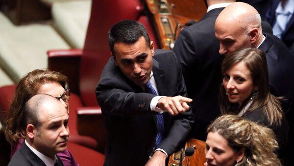 Il leader 5 stelle Luigi Di Maio alla Camera dei Deputati - Sputnik Italia