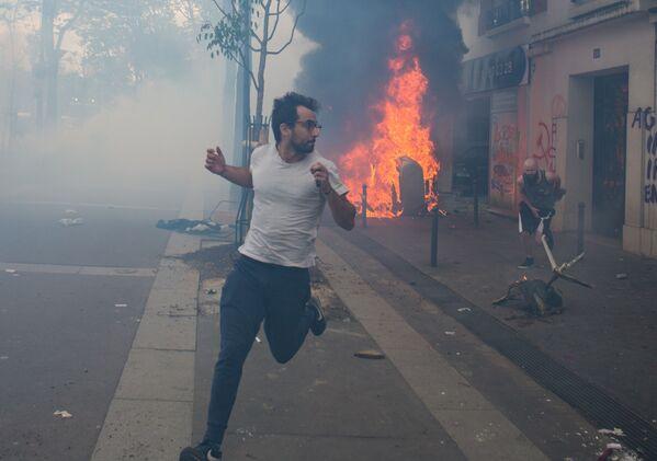I disordini alle manifestazioni del Primo Maggio a Parigi. - Sputnik Italia
