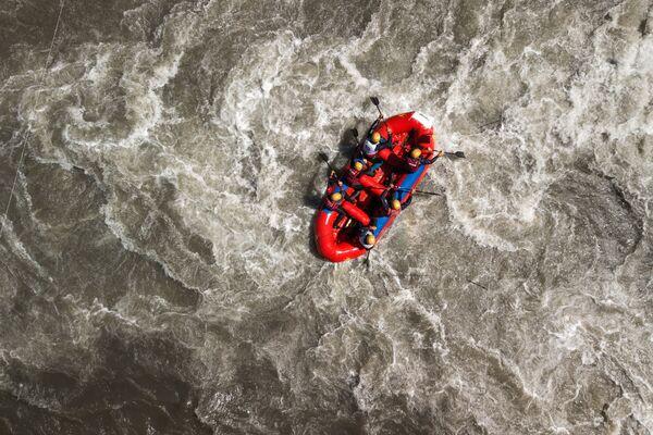 I partecipanti alla Coppa della Russia di rafting Interrally Belaya 2018 nella repubblica di Adygeya. - Sputnik Italia