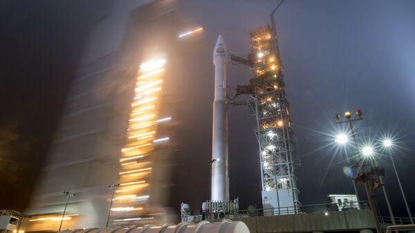 il lancio del razzo Atlas-V con la sonda Insight - Sputnik Italia
