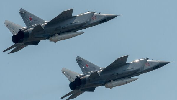 MiG-31 armati con missile Kinzhal - Sputnik Italia