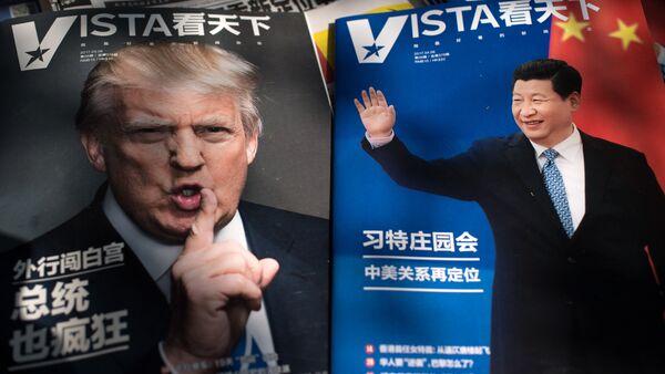 Il presidente statunitense Donald Trump e il presidente cinese Xi Jinping - Sputnik Italia