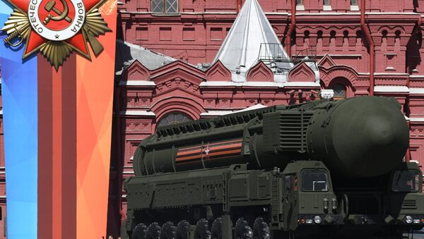 Anche i missili YARS sulla piazza Rossa - Sputnik Italia