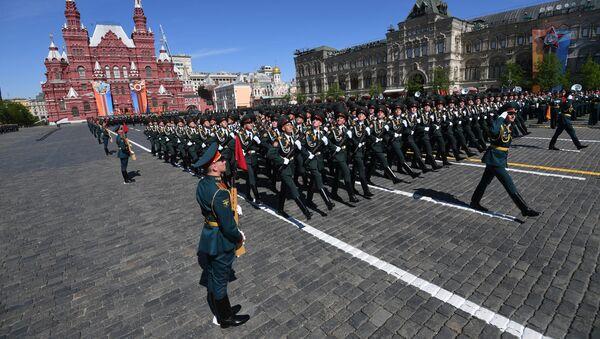 Parata militare sulla Piazza Rossa in occasione del 73esimo anniversario della Vittoria - Sputnik Italia