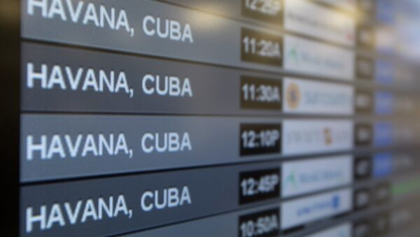Charter flights from Miami to Havana are shown on a departures monitor at Miami International Airport, Friday, Jan. 16, 2015 in Miami - Sputnik Italia