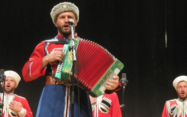 Il coro dei cosacchi del Kuban a Milano - Sputnik Italia