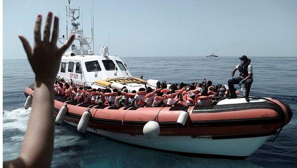 I migranti nella nave Acquarius - Sputnik Italia