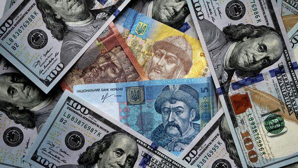 Grivnie ucraine e dollari - Sputnik Italia