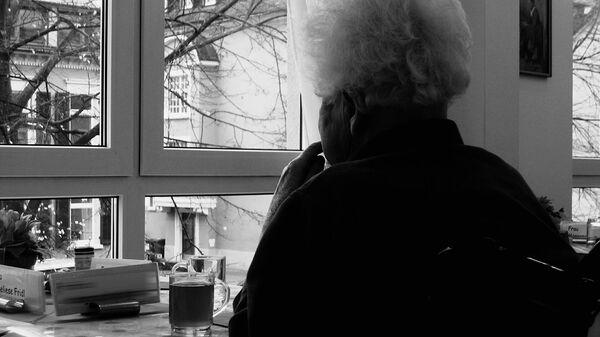 Donna con alzheimer - Sputnik Italia