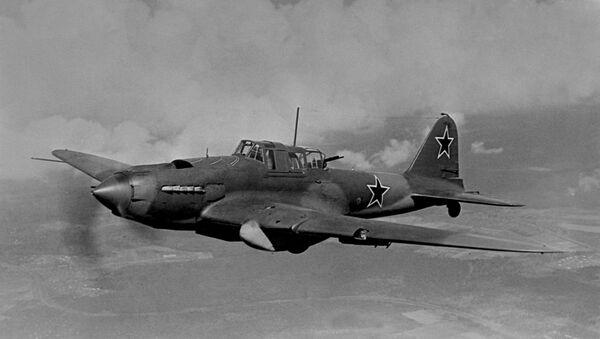 Il leggendario Il-2 noto anche come carro armato volante - Sputnik Italia
