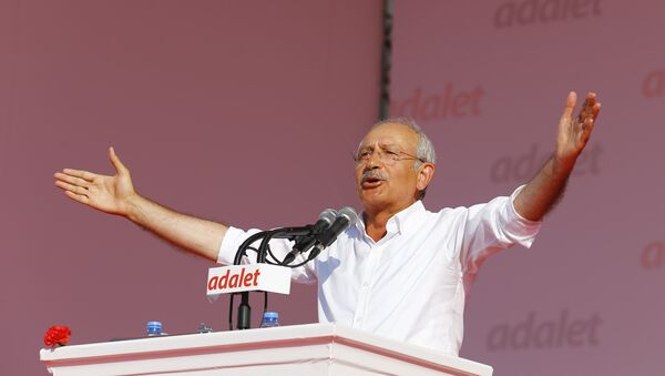 Kemal Kilicdaroglu, leader of Turkish main opposition Republican People's Party - Sputnik Italia