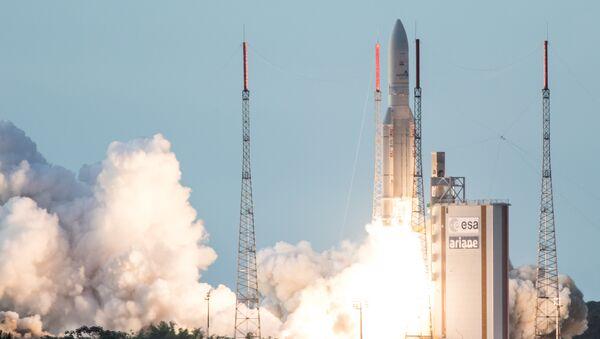 Il lancio dell'Ariane 5 rocket - Sputnik Italia