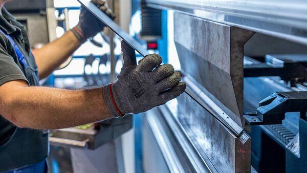 Производство стальных листов - Sputnik Italia
