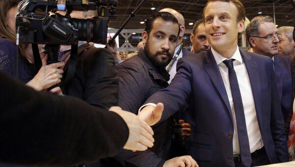 Emmanuel Macron e  Alexandre Benalla - Sputnik Italia