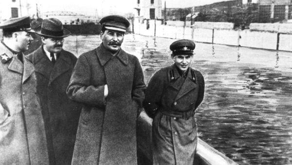 Stalin - Sputnik Italia