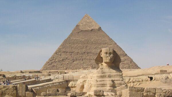 Sphinx and Pyramid of Cheops - Sputnik Italia