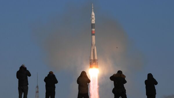 A Soyuz-FG rocket launches the Soyuz-MS-07 manned spacecraft from the Baikonur Space Center - Sputnik Italia